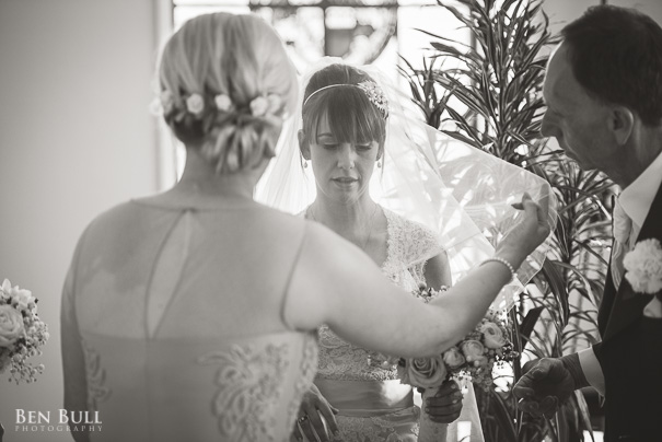 wedding-photography-madingley-hall-samantha-david-8